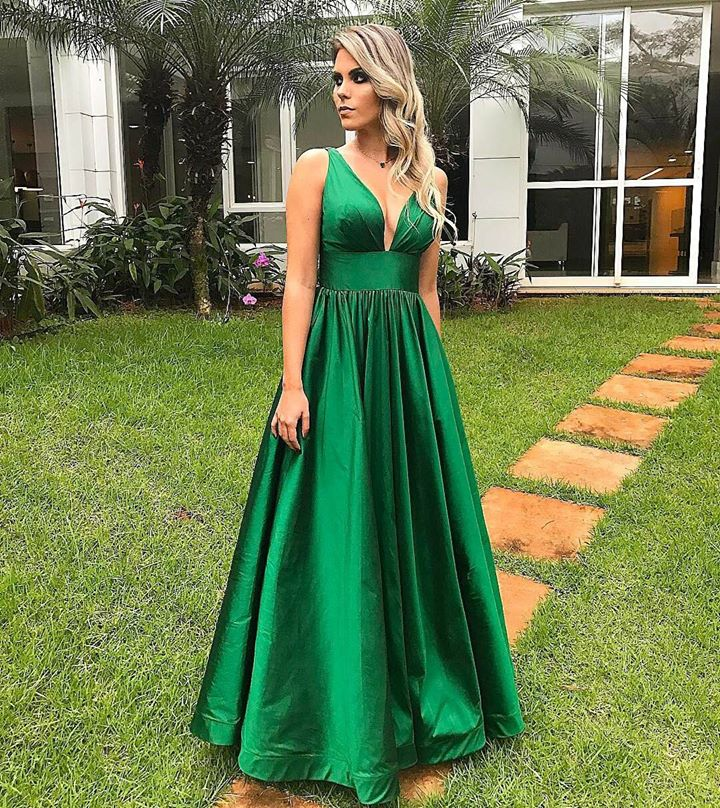 Green Satin Plunge V Sleeveless Floor Length A-Line Prom Dress